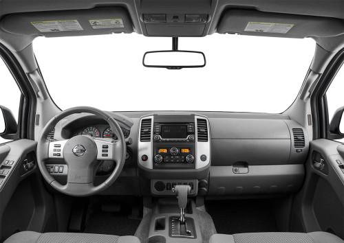 2015 Nissan Frontier Dash