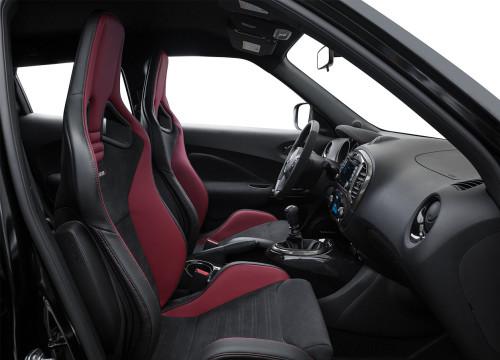 2016 Nissan Juke Interior